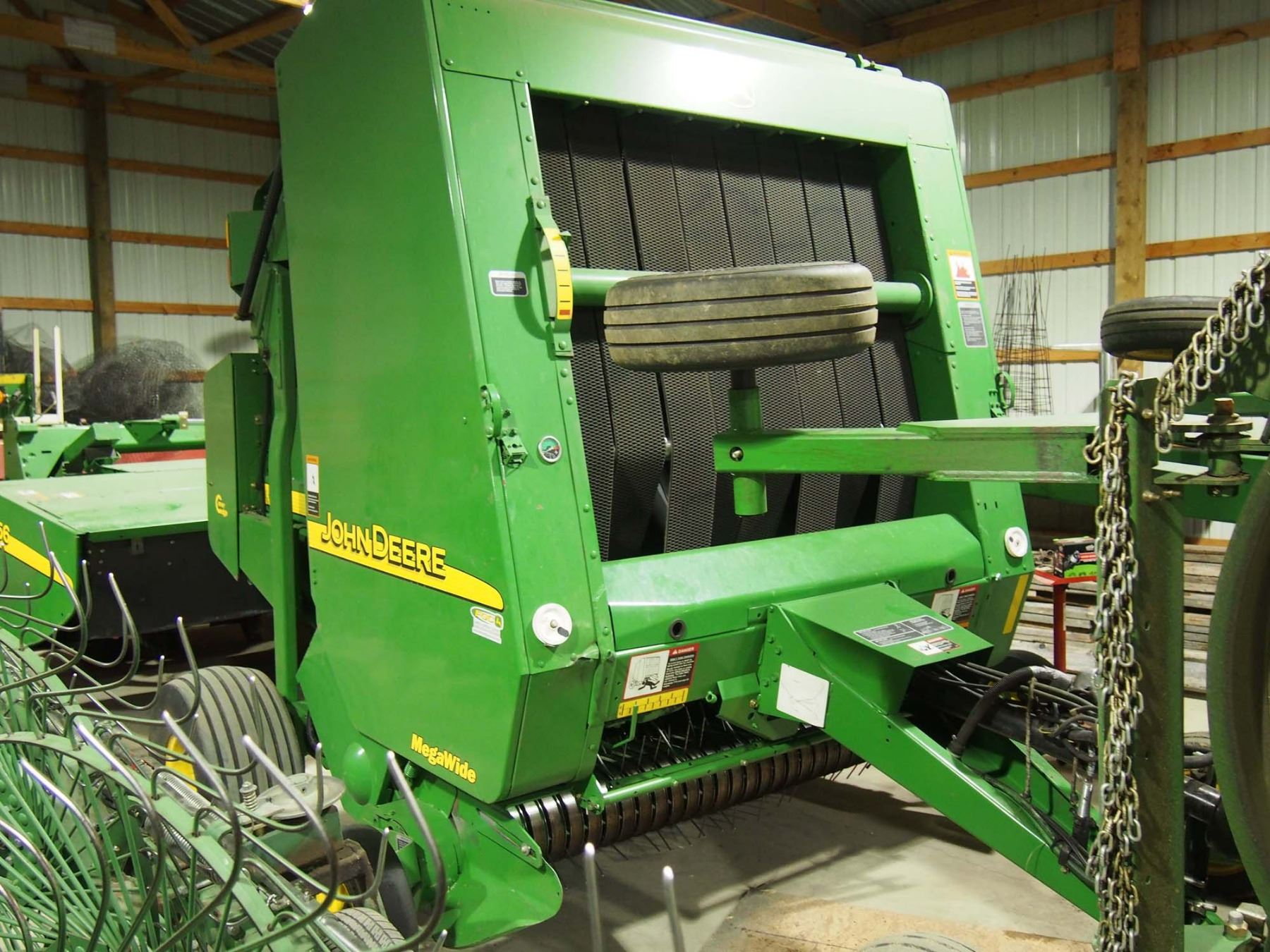 2006 John Deere 567 Round Baler Mega Wide, Bought New ( Approx 5600 Bales )