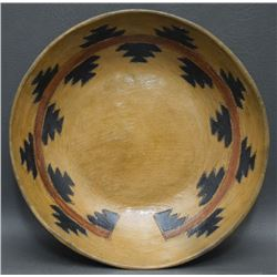 NAVAJO POTTERY PLATE (LAMEMAN)