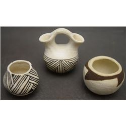 THREE ACOMA POTS (CHINO