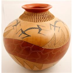Pottery by Lupe Soto