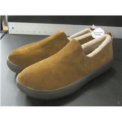 New Mens Genuine suede Mossimo slippers / Non marking sole / Size 10