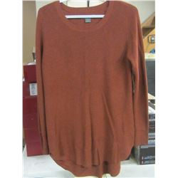 Women's Natural Reflections sweater / size med