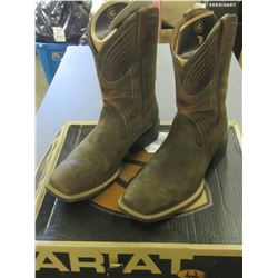 ARIAT Mens Cowboy Boots square toe size 11 D medium / distressed brown