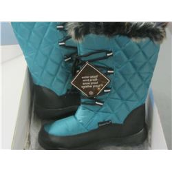 Snow tech Women's size 7 winter boots