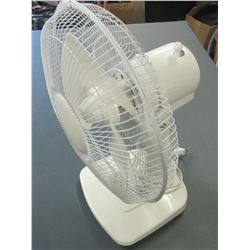 "12"" white Fan 3 speed oscillating"