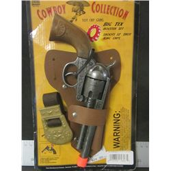 Cowboy Collection kids Cap Gun with Holster / shoots 12 shot ring clips