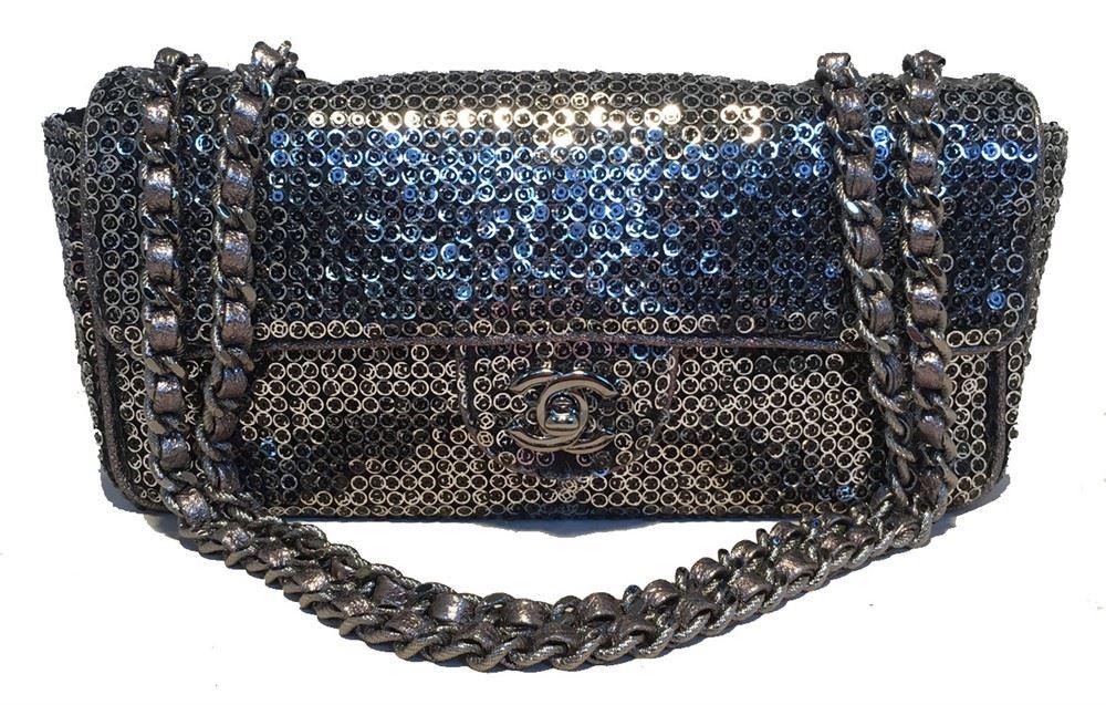 90b191e56a16 Image 1 : Chanel Silver Paillette Sequin Classic Flap Shoulder Bag ...