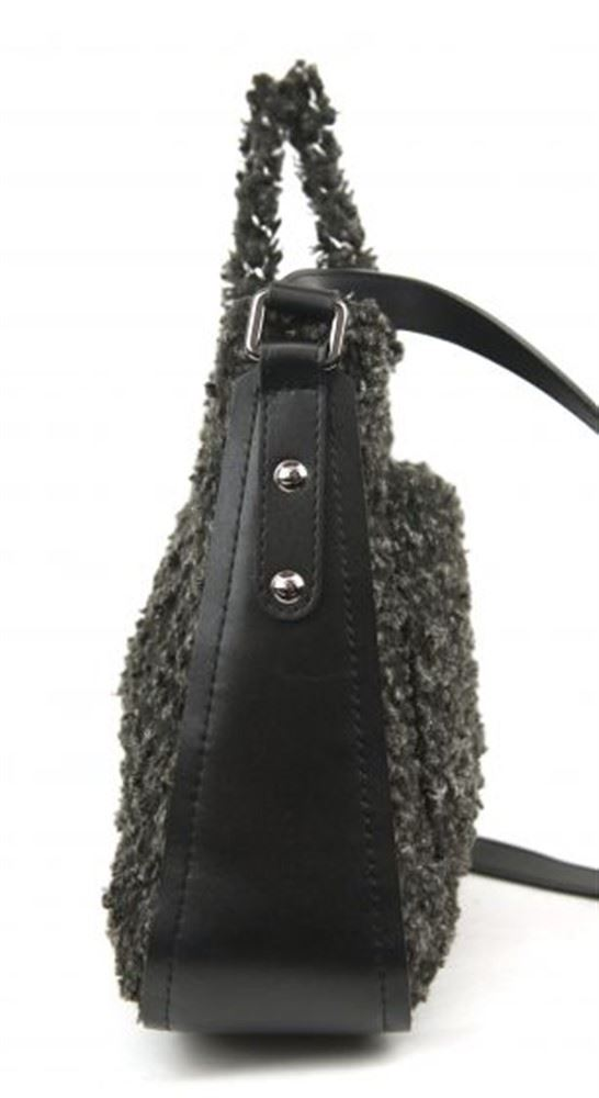 519538e35bd9 ... Image 3 : CHANEL FABRIC Crossbody bag ...
