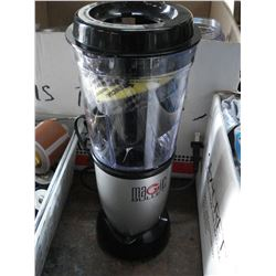 MAGIC BULLET WITH ACCESSORIES