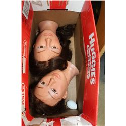 TWO HAIRDRESSERS MANNEQUIN HEADS