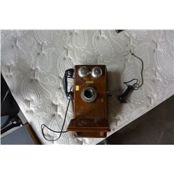NORTHERN ELECTRIC COMPANY VINTAGE WALL PHONE