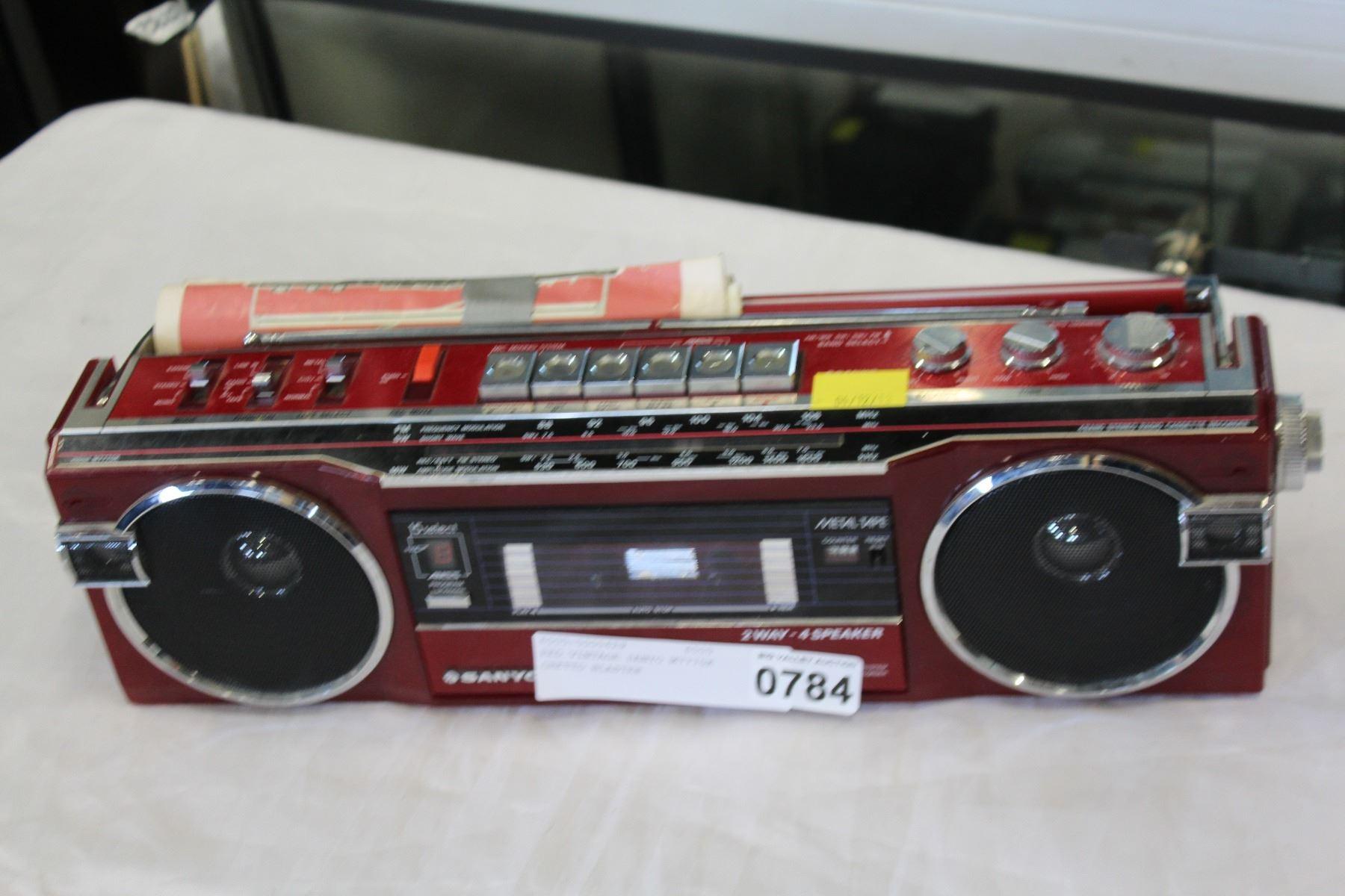 RED VINTAGE SANYO M7770K GHETTO BLASTER
