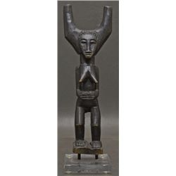 AFRICAN CARVED FIGURE