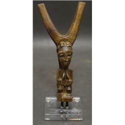 AFRICAN WOODEN FIGURE