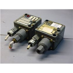 ALLEN BRADLEY (2) 836T-T253JX9 SER. A BULLETIN 836T PRESSURE CONTROL SWITCH