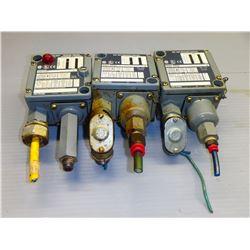 ALLEN BRADLEY (3) 836T-T253J PRESSURE CONTROL SWITCH