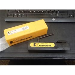 """New Kennametal 1.25"""" Indexable Lathe Tool Holder, P/N: A3SSL-2004-26"""