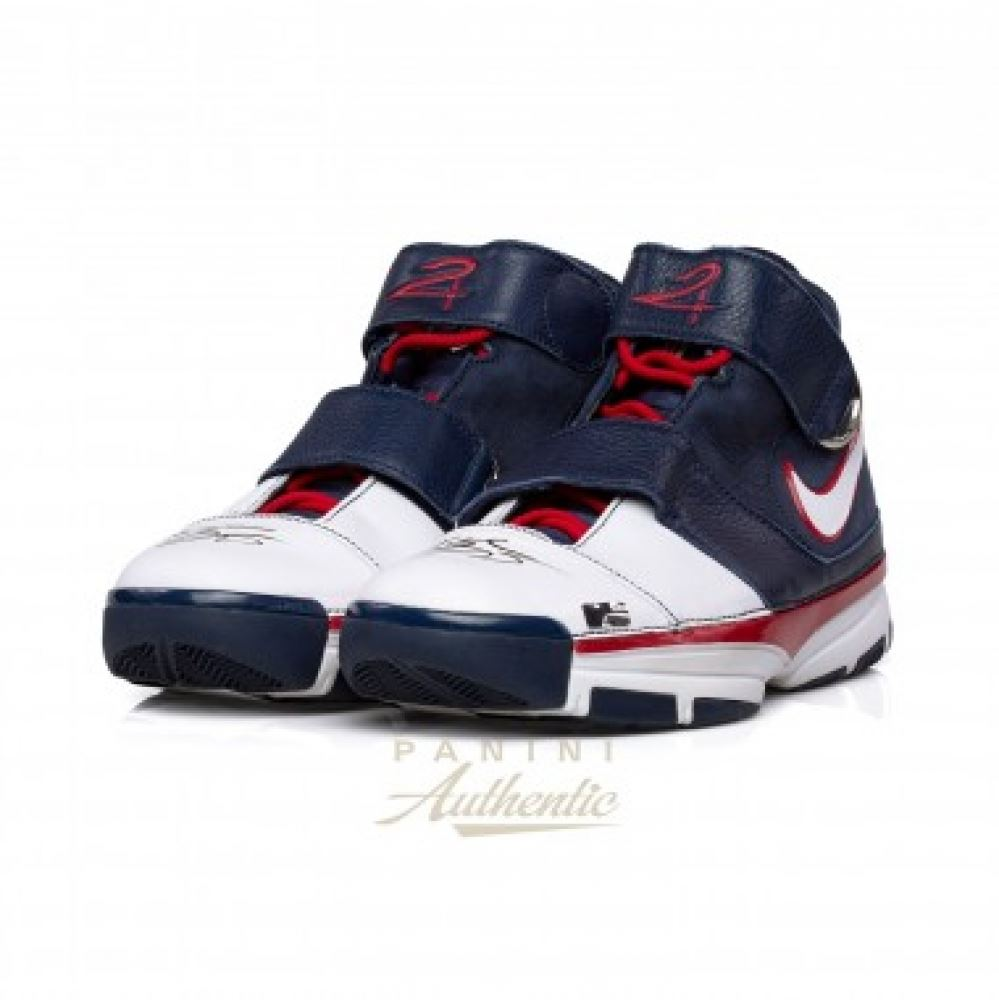 84deb03c3e9c Kobe Bryant Signed Team USA Pair of (2) Nike Zoom Kobe 2 Strength ...