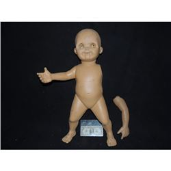 CHILD'S PLAY 2 SCREEN USED GOOD GUY DOLL FROM FACTORY SCENE