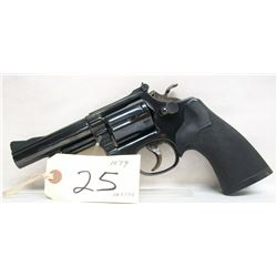 SMITH & WESSON 19-4 HANDGUN