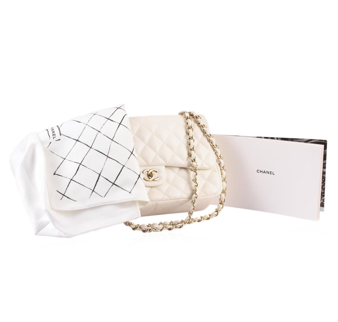 c37bf483c11a Image 1 : 100% Authentic Chanel Flap Bag Jumbo White Lambskin with Gold  Hardware ...
