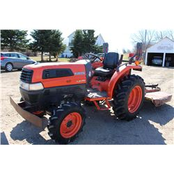 2002 Kubota L3130, Only 359 Hours