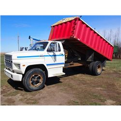 1980 Ford F700 Steel 16' Box And hoist, Rollaway Tarp, 1 Owner, Gas Engine, 5 and 2 transmission, 69