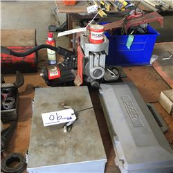 RIDGID 918 PIPE GROOVER WITH HYDRAULICS AND GROOVING TOOLS