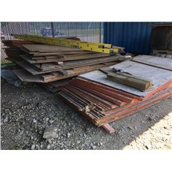 LOT OF PARTICLE BOARD AND PLY WOOD