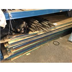 LOT OF ASSORTED PLY WOOD AND WOOD STAKES