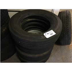 4 MICHELIN 225/70R19.5 TIRES WITH 2 RIMS