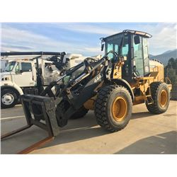 2004 JOHN DEERE 444J RUBBER TIRE ARTICULATING FRONT END LOADER WITH THIRD VALVE, COMES WITH FORKS,