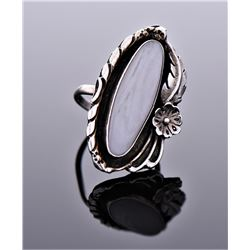 Navajo Sterling Silver White Agate Ring With