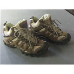 New Women's Red Head Hikers size 7 / out of box-no box