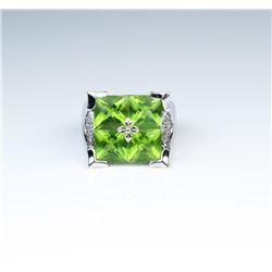 18CAI-51 PERIDOT  DIAMOND RING