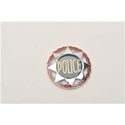 18DC-94 AUBERT PARIS POLICE BADGE