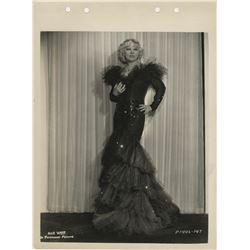 Mae West (20+) photographs.