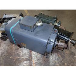 SIEMENS 1 PH6161-4NF00-Z AC SERVO MOTOR