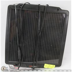 SCHUMACHER TRICKLE SOLAR CHARGER PANEL