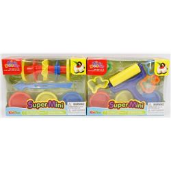 LOT OF 2 DIFFERENT KIDS DOUGH SUPER MINI SETS
