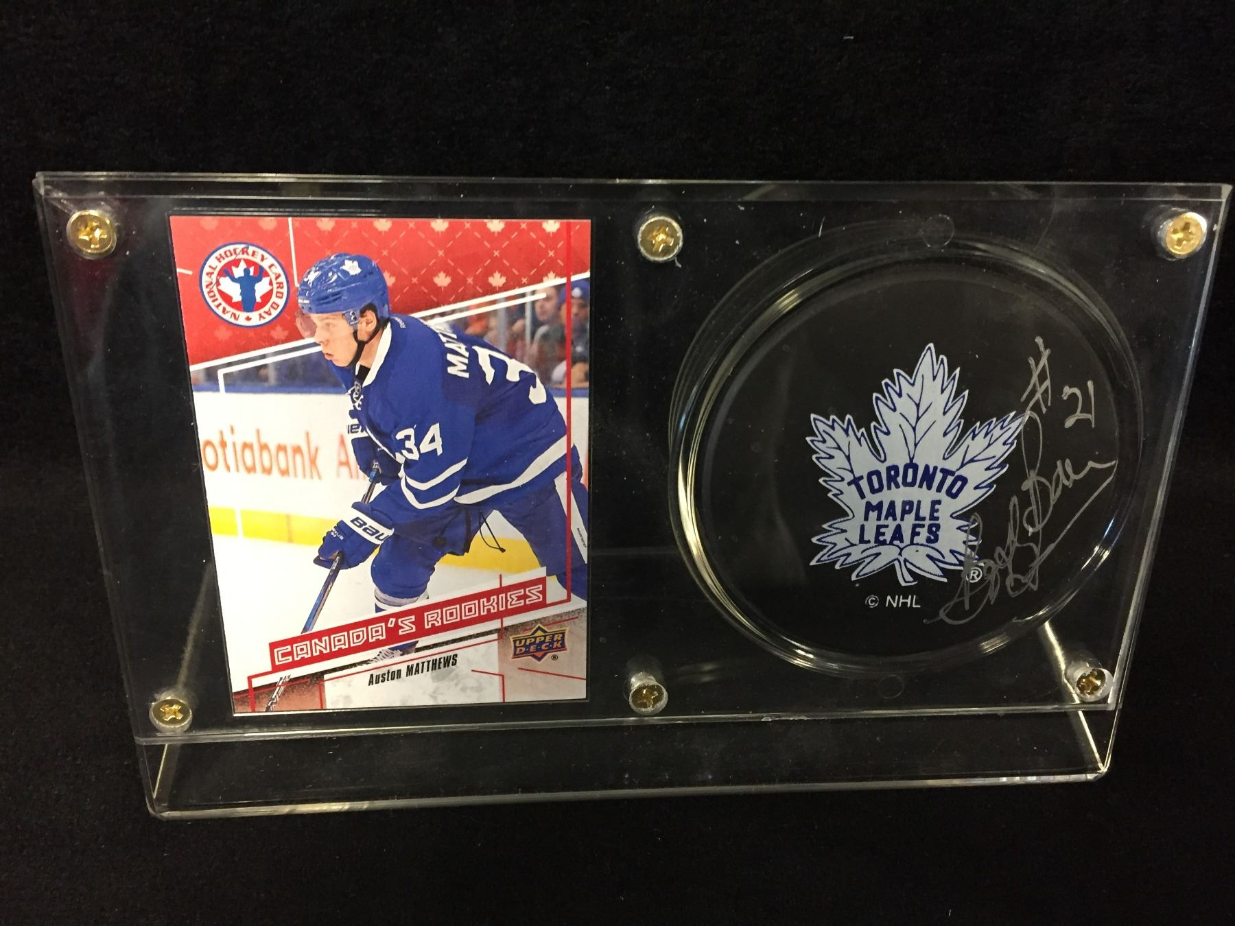 Auston Matthews Upper Deck Canadas Rookies Card W Bobby Baun Autographed Hockey Puck Display