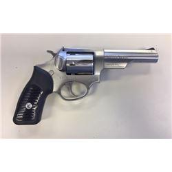"Ruger SP101 DA revolver, .22 LR revolver, stainless, cased, 4"" bbl, s#570-68717"