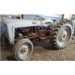 Ford Golden Jubilee NAA, 3 pt., live pto, converted to 12v, excellent rubber, 3 pt. blade & rotovato