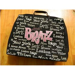 BORATZ CASE WITH ASSORTED DOLL CLOTHING