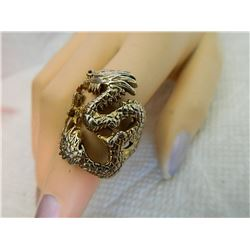 RING - DRAGON - SZ 8 ½