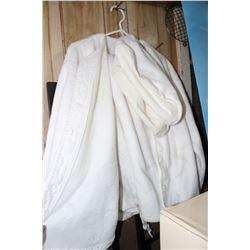 Fleecy Pajama Set (Jacket, Pants & Slippers - Size Large)