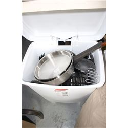 Plastic Container with Kitchen Stainless Steel Pots & Pans