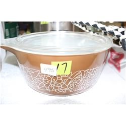 Pyrex Casserole Dish with Lid
