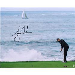Tiger Woods Signed 16x20 Photo (UDA COA)