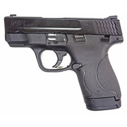 Smtih & Wesson M&P Shield 9mm.